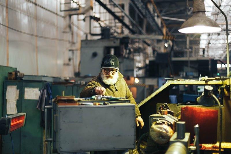 рабочие профессии на заводах